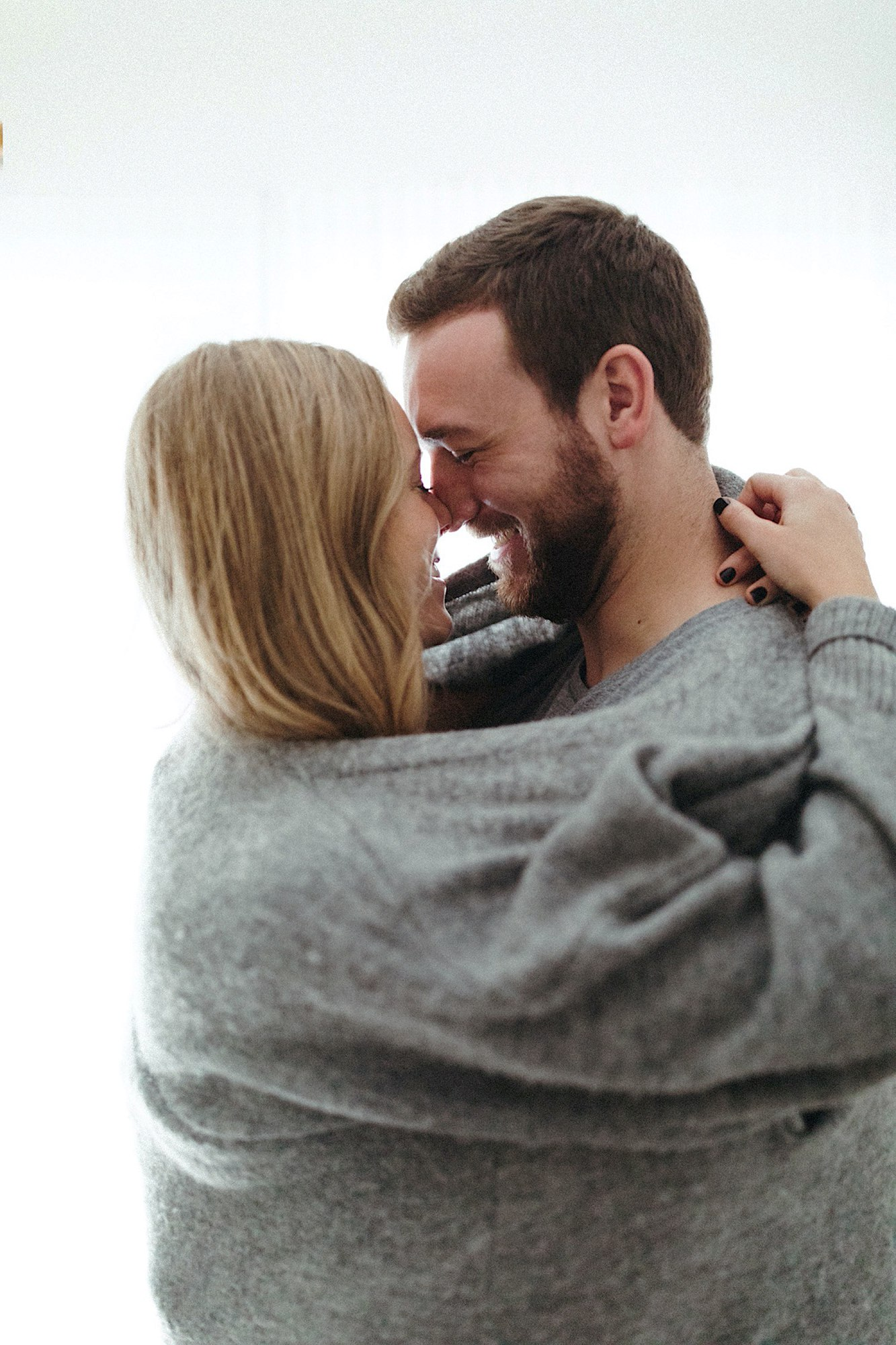 A cozy at-home Des Moines engagement